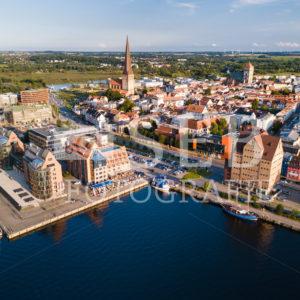 Stadthafen Rostock am frühen Abend - SEB Fotografie